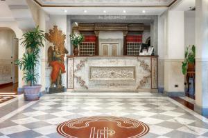 The lobby or reception area at Hotel Villa San Pio