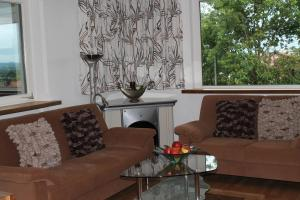 A seating area at Haus Anni