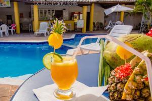 Бассейн в Hotel Oceano Porto или поблизости