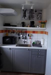 A kitchen or kitchenette at Stenaberg
