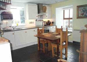 A kitchen or kitchenette at Creagard Country House