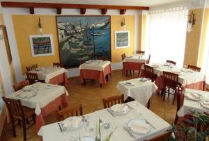 A restaurant or other place to eat at Hotel Silvestrino