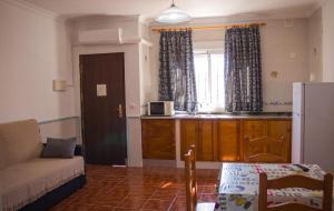 A seating area at Apartamentos Bellavista