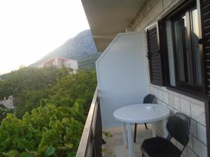 A balcony or terrace at Apartments Sveti Anton