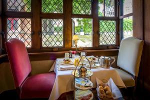 Restaurant ou autre lieu de restauration dans l'établissement B&B Exclusive Guesthouse Bonifacius