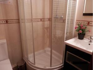 Ein Badezimmer in der Unterkunft Barcelona Central Garden Hostal