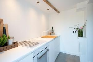 Een keuken of kitchenette bij Studio Haarlemenmeer
