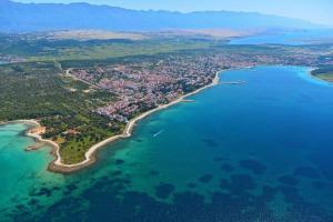 Vue panoramique sur l'établissement Apartments Villa Maelise