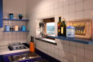 A kitchen or kitchenette at Casa Fabiana