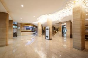The lobby or reception area at Yousung Hotel