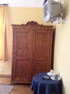 A television and/or entertainment center at Kastani Home Accommodation