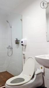 Salle de bains dans l'établissement Boon Street Hostel