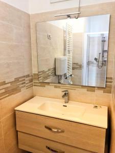 A bathroom at Hotel Amoha