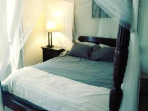 A bed or beds in a room at Ocean Front/View Bunk beds Free bikes