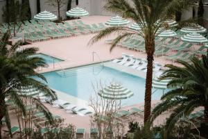 A view of the pool at Park MGM Las Vegas or nearby