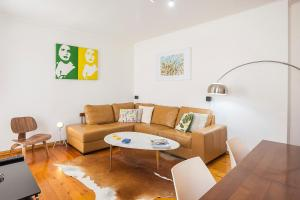 A seating area at LV Premier Apartments Baixa- PR