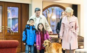 Семья в Vergina Hotel