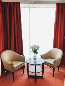 A seating area at Hotel Elokhovsky City