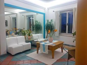 A seating area at Hotel Da Cecco