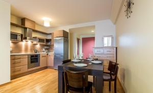Köök või kööginurk majutusasutuses Jõe Apartments