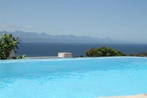 The swimming pool at or near Aquavit Guest House