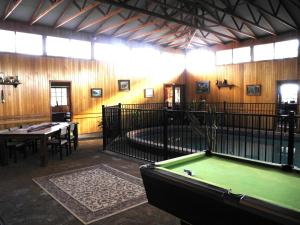 A pool table at Happy Days Accommodation
