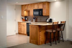 A kitchen or kitchenette at Delta Hotels by Marriott Prince Edward