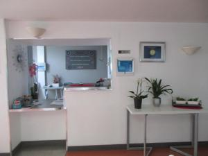 The lobby or reception area at Le Clos Albert