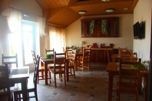 Ресторан / где поесть в Гостевой Дом Николин Парк