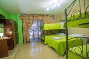 Litera o literas de una habitación en North Star Hostal Guayaquil