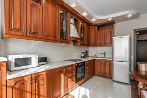 Кухня или мини-кухня в V Tsarskoy Stolitse