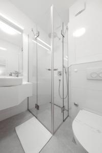 A bathroom at Hotel Mediteran