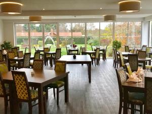 A restaurant or other place to eat at Best Western Priory Hotel
