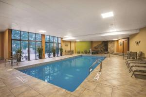 The swimming pool at or near La Quinta by Wyndham Silverthorne - Summit Co