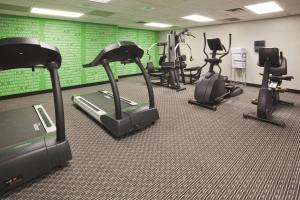 The fitness center and/or fitness facilities at La Quinta by Wyndham Minneapolis Bloomington W