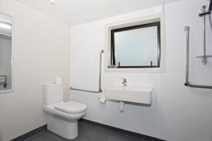 A bathroom at Shakespeare House