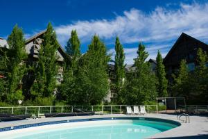 The swimming pool at or near The Aspens by Whiski Jack