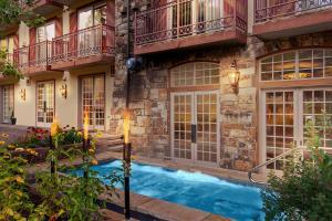 The swimming pool at or near Tivoli Lodge