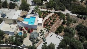A bird's-eye view of Villa Artemis