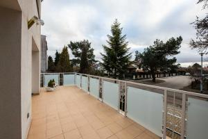 A balcony or terrace at Princess Palace Gdansk