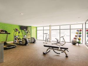 The fitness center and/or fitness facilities at La Quinta by Wyndham Portland