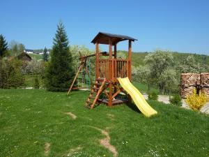Ein Kinderspielbereich in der Unterkunft Gölsenhof - Fam. Büchinger