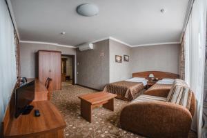 A seating area at Armenia Hotel