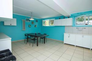 Кухня или мини-кухня в Student-House Kazimierzowska