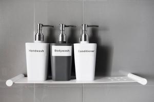 A bathroom at 22*Latte Time@1BR1BTH*Mel CBD*Free Tram