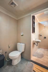 A bathroom at Kubu Cempaka Seminyak