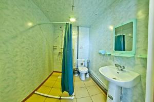 A bathroom at Guest House Gornitsa