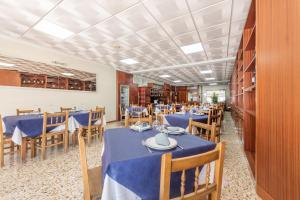 Un restaurante o sitio para comer en Hotel Casa Marín