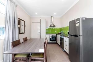A kitchen or kitchenette at Comfort Inn & Suites Warragul