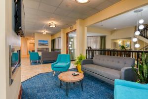 The lobby or reception area at Ramada Plaza by Wyndham Nags Head Oceanfront